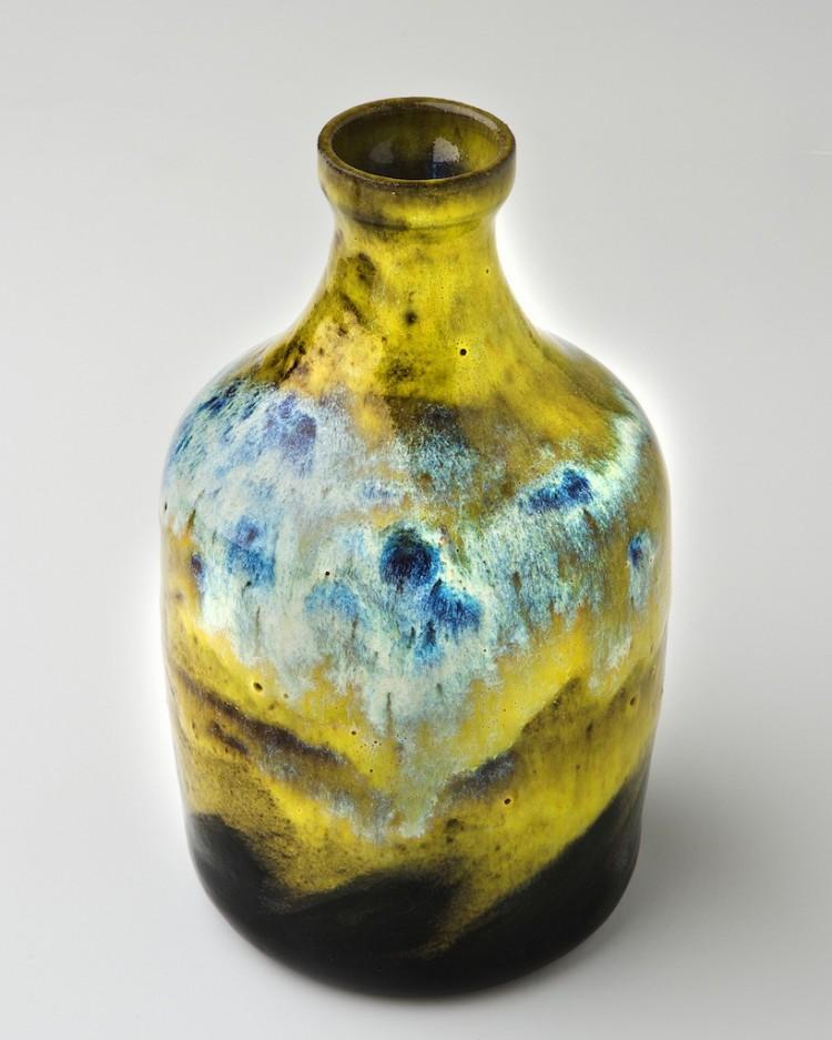 Leo Bottle
